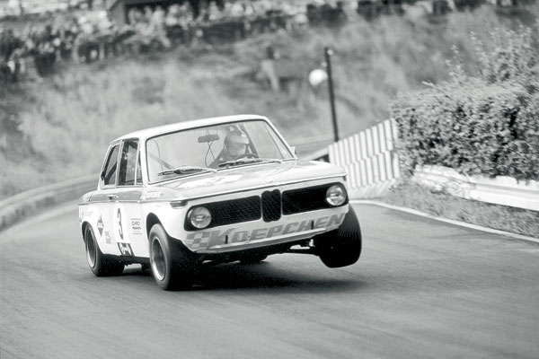 bmw 2002 ti group 2 1969 racing cars. Black Bedroom Furniture Sets. Home Design Ideas