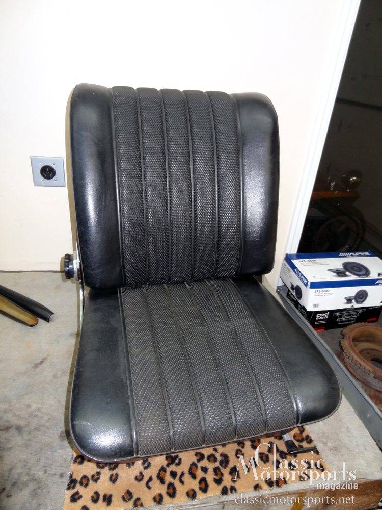 Starting our benz 39 s interior restoration mercedes benz for Mercedes benz seat view